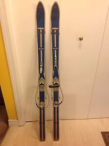 Vintage down hill skis