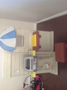 Little tikes 2 sided kitchen/ barbecue
