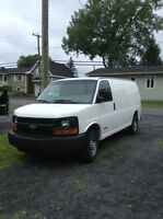 Chevrolet express savana Ford