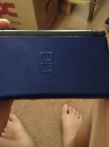 Blue Nintendo Ds package