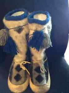 Handmade by Canadian Inuit artist sealskin mukluks size 10