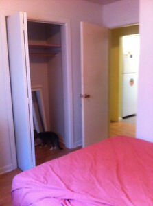 Furnished Room $475  All Inclusive Females Only