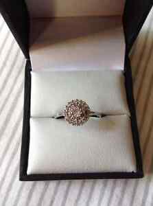 Rhodium-plated Gold Cubic Zircona Ring - Size 7