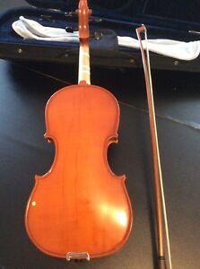 Violon 1/2 150$ neg. Gatineau Ottawa / Gatineau Area image 2