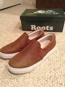 Roots brand new leather slip on sneaker