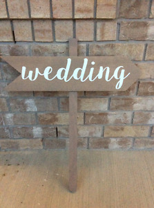 Wedding Decor - Pointed Arrow 'Wedding' sign