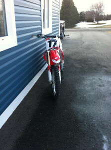 2012 HONDA CRF450R, LIKE NEW!!