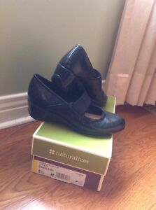Natulizer  Black shoes (SIZE 5.5) New in Box