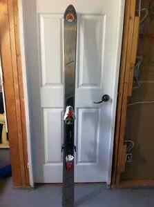 Volant Chubb Downhill Skis with Solomon Synchro Center Bindings