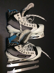 Bauer Reactor 4000 junior goalie skates with Step Steel blades