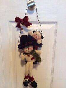 Swinging snowmen
