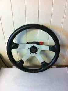GRANT - ANTI THEFT STEERING WHEEL AND HUB