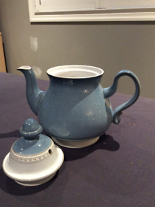 DENBY Castille Blue dinnerware pieces