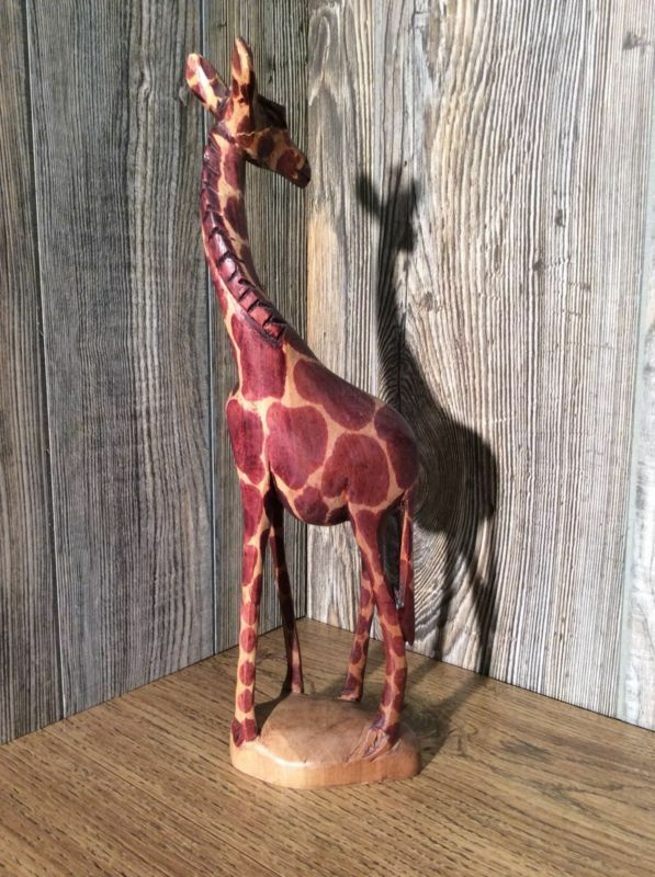 Vintage Hand Carved Giraffe 12 Inches Tall Beautiful Detail Wood Sculpture J8