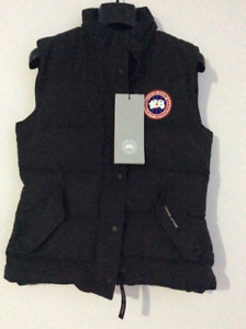 Canada Goose Women's Freestyle Vest XS Black