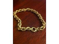 9ct hollow gold bracelet
