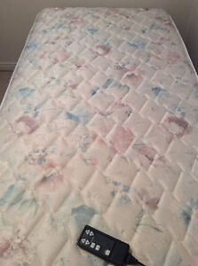 Electric bed for sale Cambridge Kitchener Area image 3