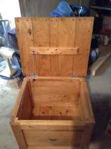Handmade Pine Storage Box Peterborough Peterborough Area image 1