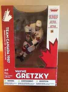 McFarlane Wayne Gretzky Limited-Edition Team Canada