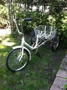 Vintage tricycle for sale - bicyclette tricycle antique