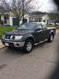 Nissan Frontier 2011 $12,750 price is firm