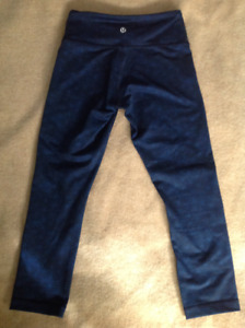 Lululemon Wunder Under Crops Size 2