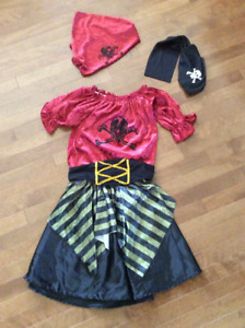 Costume de pirate pour fillette (Halloween)
