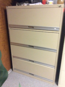 Lateral filing cabinets .