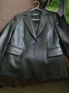 Women's Leather Jacket M
