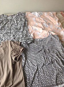 4 tops size large, 1$ each