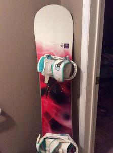 Ladies 143cm Forum snowboard