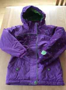 Habits d'hiver et vêtements extérieur grandeur 5-6-7