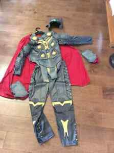 New, never worn Disneystore Thor Costume Set Boys Size 10