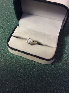 18kt. Antique Diamond Ring