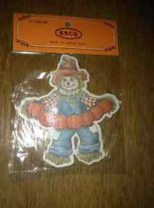 NEW SCARECROW GARLAND IN PACKAGE