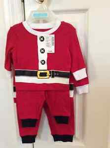 Santa pjs New The Children's Place 12-18 months 22-27 lbs