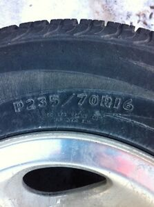235/70/16 Dunlop tires and rims 100$ firm
