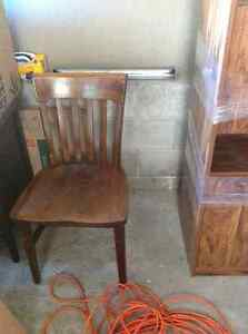 FURNITURE -MUST SELL PICK UP TODAY MAKE AN OFFER Peterborough Peterborough Area image 3