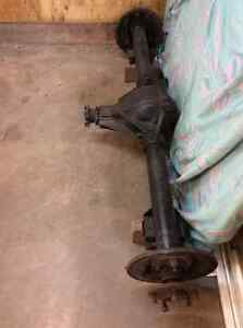 Complete 273 10 bolt rear axle