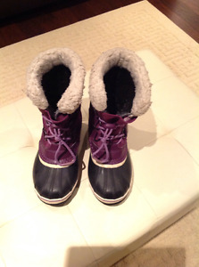 SOREL girl's winter boots
