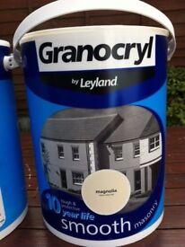 Leyland Granocryl Smooth Masonry paint