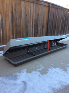 Vehicle Rooftop Ski & Snowboard Carrier