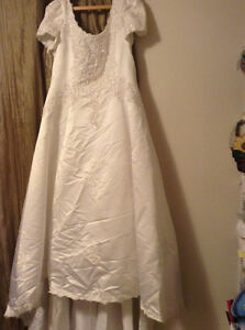 Maria Hong wedding dress