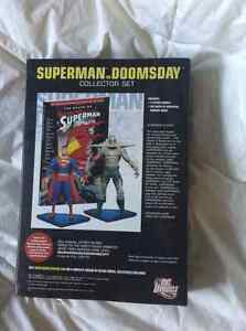 Superman Doomsday Collectors pack with tpb! Kitchener / Waterloo Kitchener Area image 2