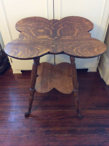 ANTIQUE TABLE PALOR SIDE TABLE NICE SHAPE