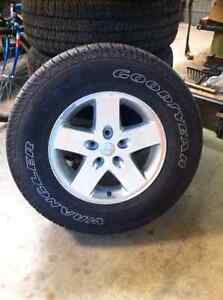 5 jeep tires with rims