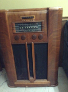 Cabinet Radio