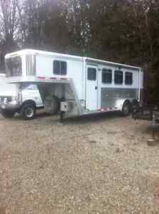 2002 Featherlite Horse Trailer