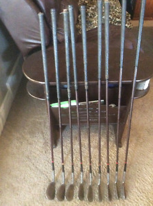 Vintage Kro-Flite Robert T Jones Iron Set