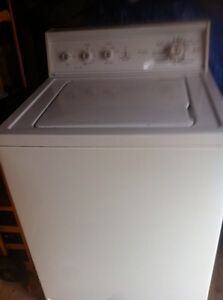 St Thomas Kenmore . washer Older But Works 100.00